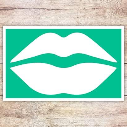 Трафарет Классические губы